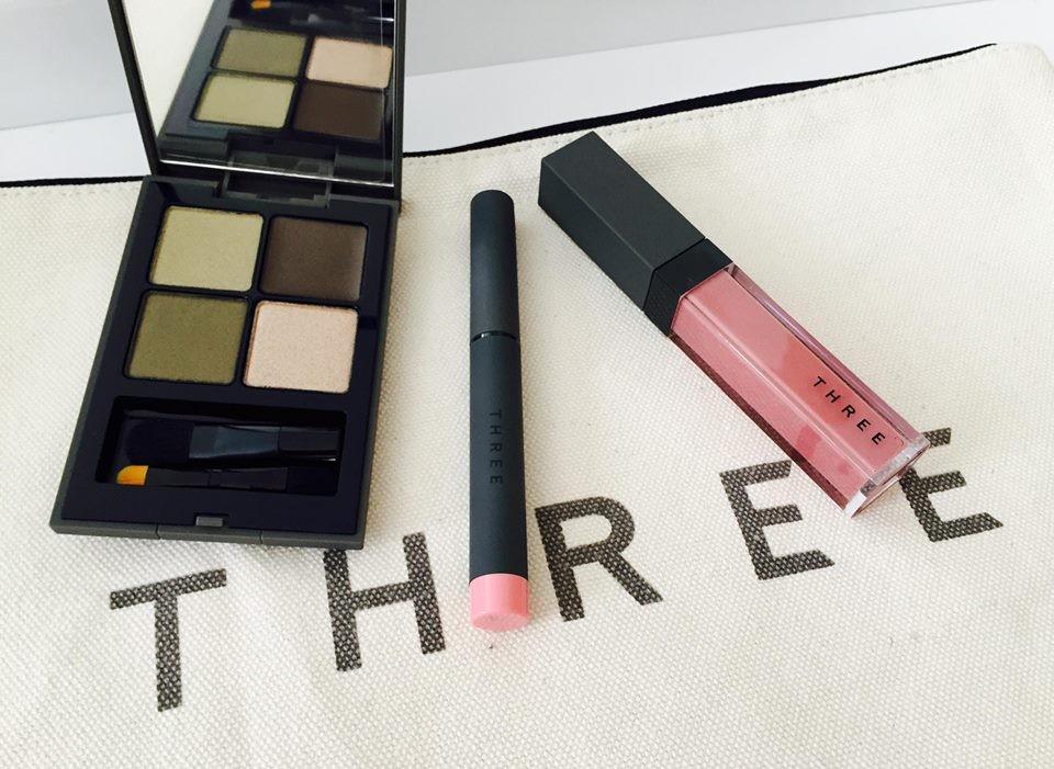 three コスメ ブログ