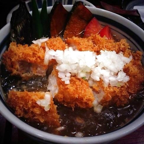 【渋谷グルメ】冷やしカレーかつ丼をいただき!