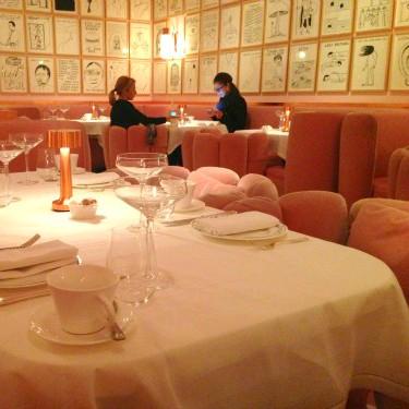 ピンクの空間が可愛すぎる!本場ロンドンのアフタヌーンティー♡とおまけ