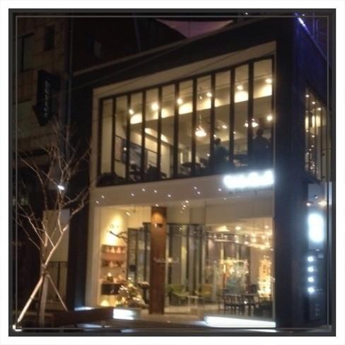 【韓国カフェ】新沙洞のソルトヒーリングカフェ White Secret