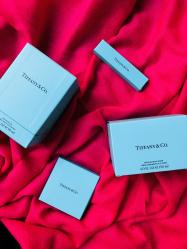今年のクリスマスプレゼントは、あの憧れブランド 15年ぶりの新作香水で