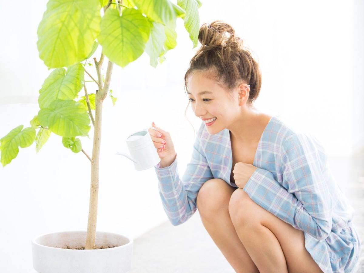 眩しく輝く笑顔にみ〜んなトリコ♡ 伊藤千晃の素顔に迫る!