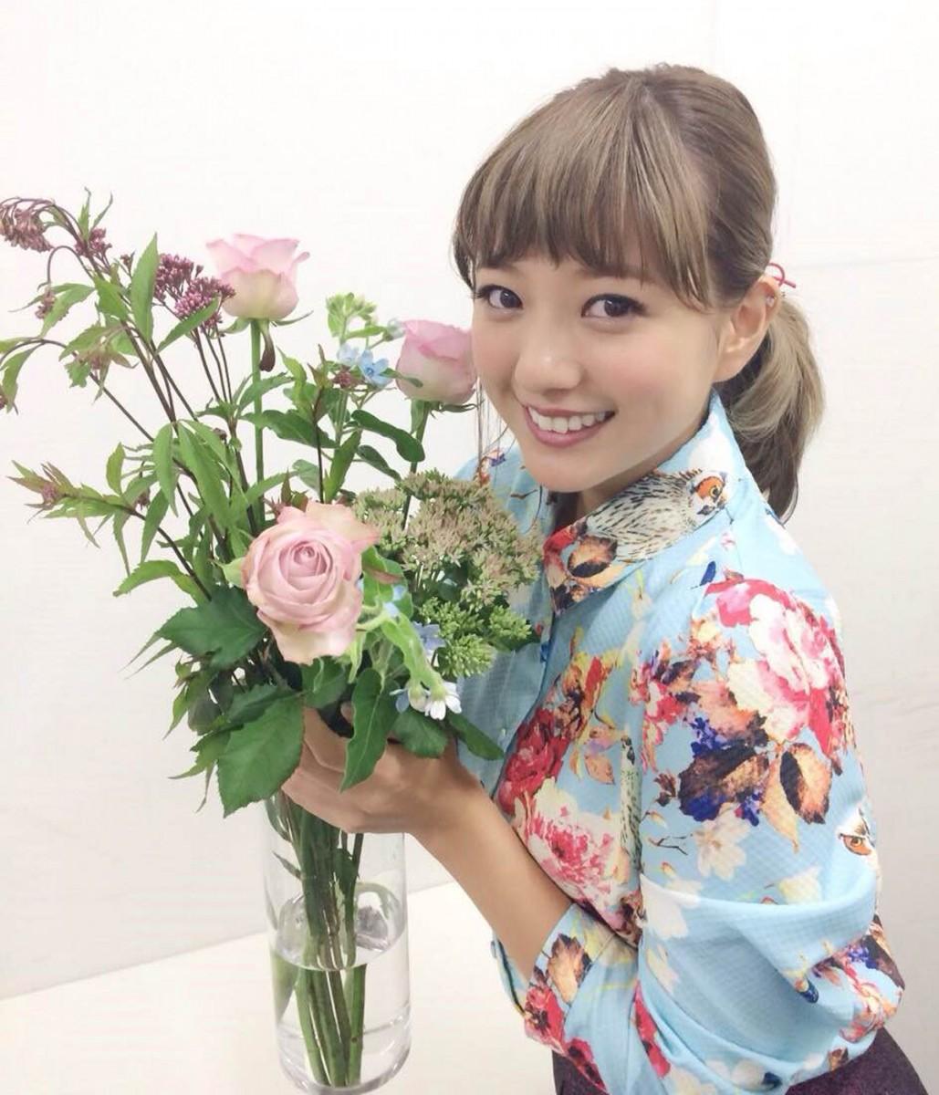 季節の花を部屋に飾るのが好き♡ 【伊藤千晃のBijyo Diary】