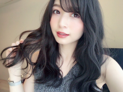 【秋冬おすすめのヘアカラー】暗髪でも透け感のあるカラーリング♪