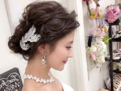 プレ花嫁必見!一段とあか抜けた花嫁に!おしゃれ花嫁のためのお勧めブライダルヘアとヘアメイクアーティストさんのご紹介!