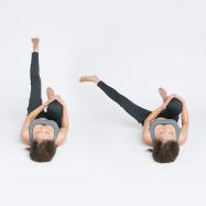 ヒップアップ、美脚にも!腸を正しい位置へ戻して筋力強化【美腸エクササイズLesson2】