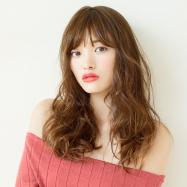レトロMIXな秋髪が新鮮! 女っぽさが漂う艶感ロングウェーブ