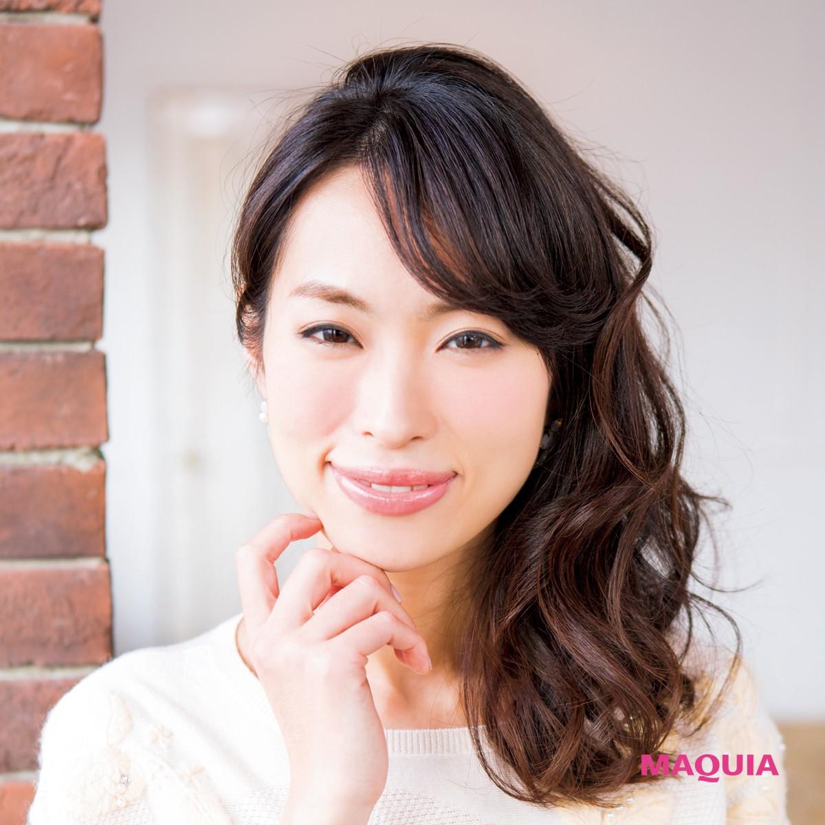 「日本すっぴん協会」会長の岡本静香さんのツヤ髪アレンジ5Days