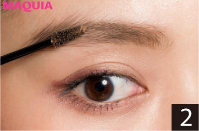 顔周りに変化をつけるなら? 斜め前髪&眉下バングと好相性な眉の作り方_2_2