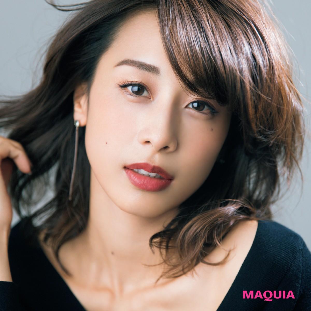 加藤綾子さんがお手本!2017年、運気を引き寄せるヘア「センシュアルミディ」とは?