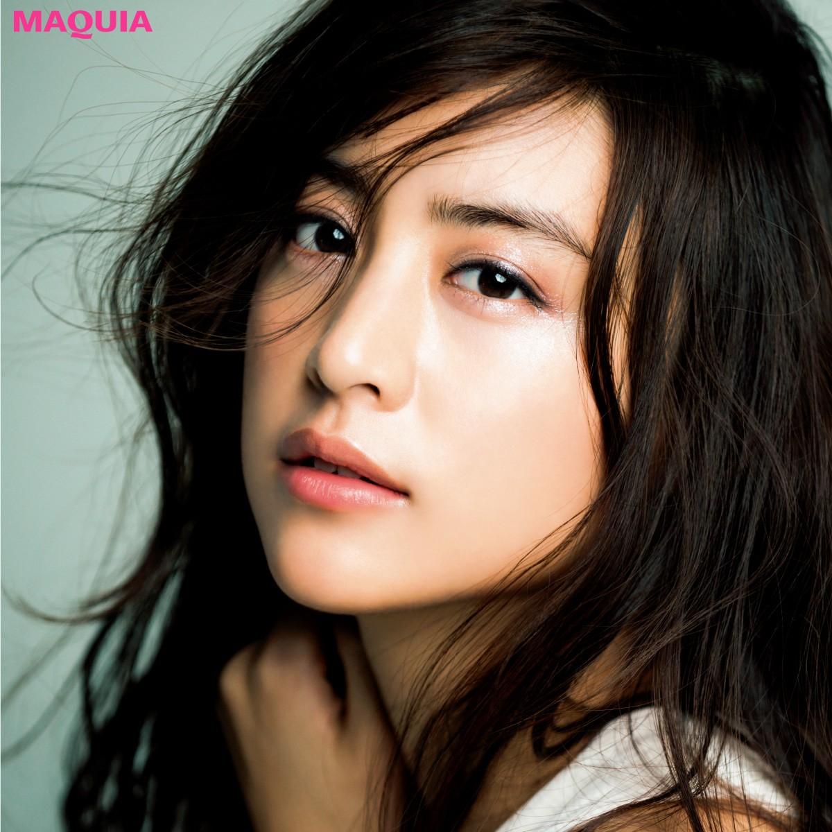 夏色で魅せる山本美月さんの新たな一面「清く正しく美しい大人」