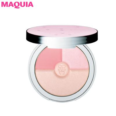 透明感を高めるピンクをまとって。ふわっと春めく犬木愛流・ワントーンメイク_1_2