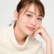 内田理央さんの思わず触れてみたくなる幸せ肌の秘訣とは? 今コレ、スキンケア事情