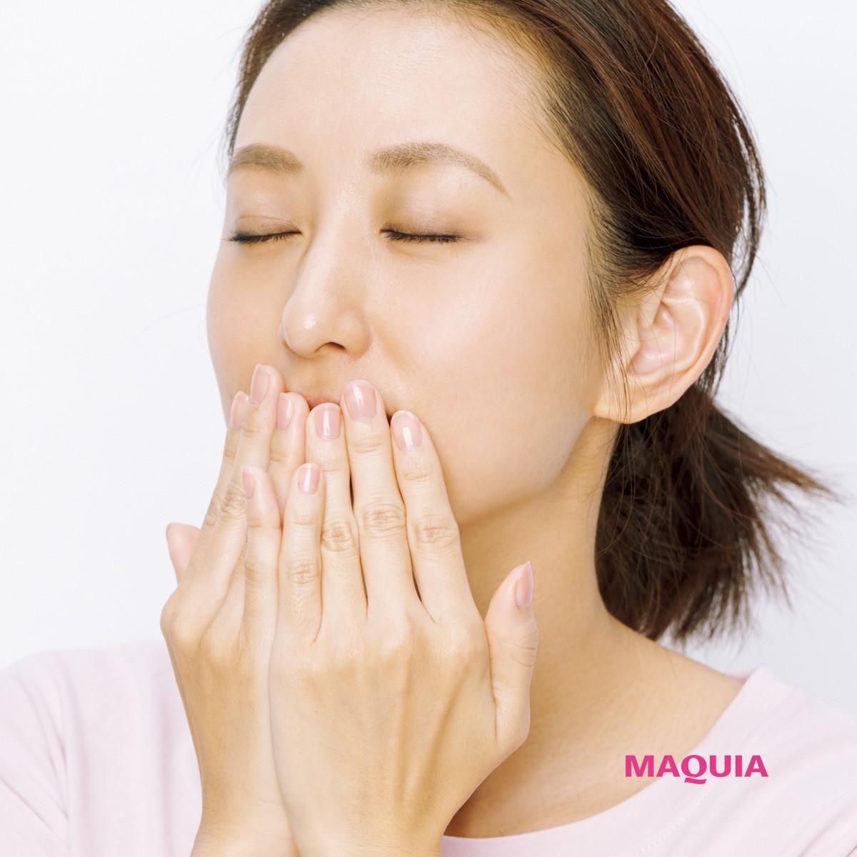 朝晩のお手入れで日中乾かない! 唇の保湿ケア術&おすすめリップクリームBEST5