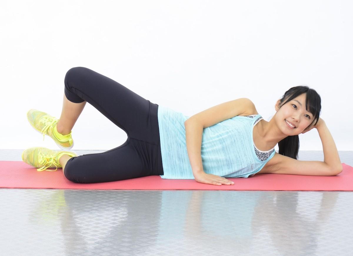 骨盤力を鍛えてO脚矯正!すらっと美脚に変身【プロ直伝】簡単エクササイズで美ボディメイク♪【Workout Lesson⑤】