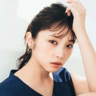 乃木坂46・与田祐希さんが新作ファンデーションで旬顔に! 透明感&ツヤを宿した春肌はどう作る?