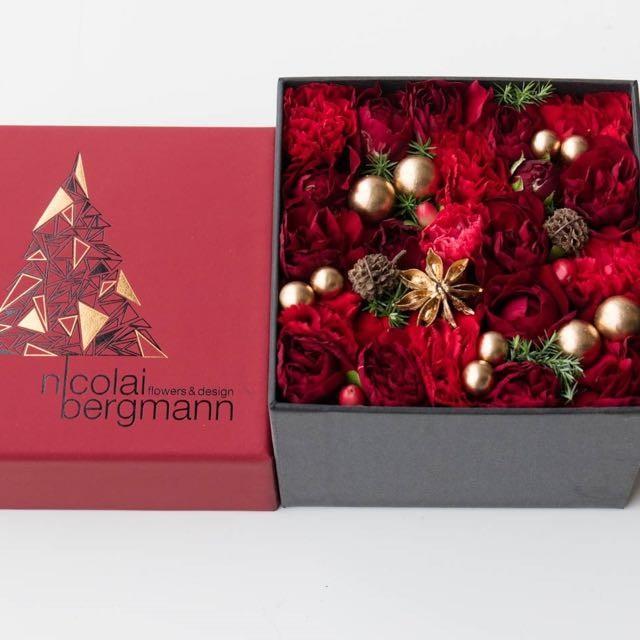 ニコライ バーグマン の2016年クリスマス限定フラワーボックスアレンジメントは12/25までの限定発売。生花もプリザーブドも選べます。