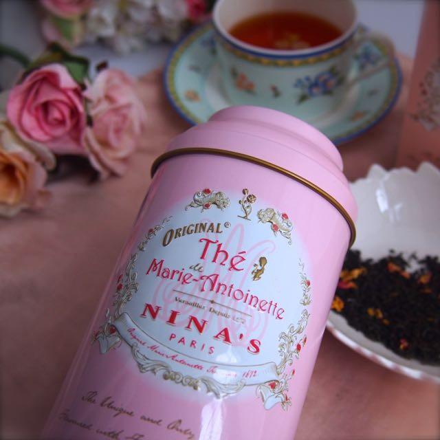 限定缶パケ買い♡ヴェルサイユ宮殿の王立農園で栽培のバラ、りんごを使った紅茶「NINA'S」PARIS「マリーアントワネット」贈り物にぴったり♡