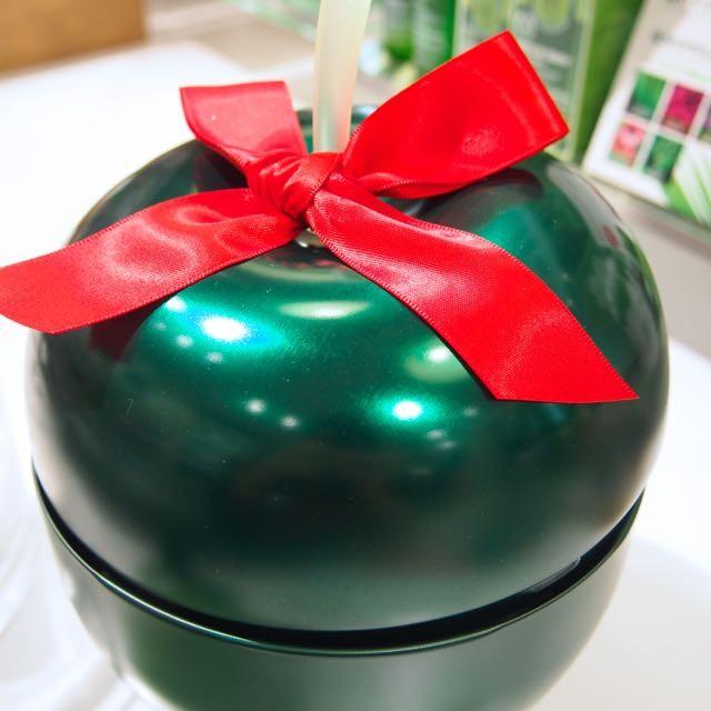 3色のリンゴの缶のコフレ♡THE BODY SHOP「トレジャーボックス」ツリーの下に飾ろうかな♩ツリーオーナメントをしまおうかな♩11/12数量限定発売☆