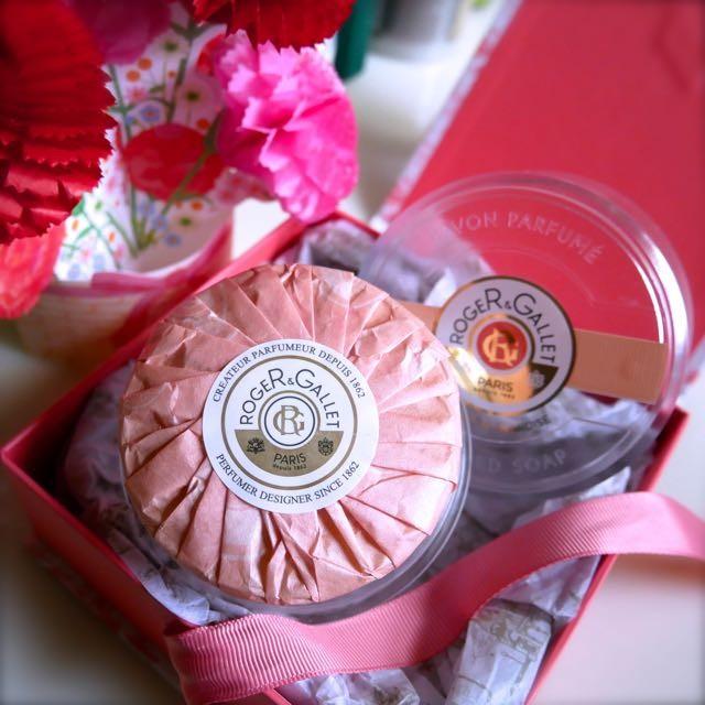 マリーアントワネットが愛した香り ロジェ・ガレの限定品「カーネーションパフューム ソープ」母の日にぴったり。。