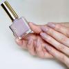初夏の大人の指先にイチオシ♡手が美しく見えるエクセルラベンダーネイル!