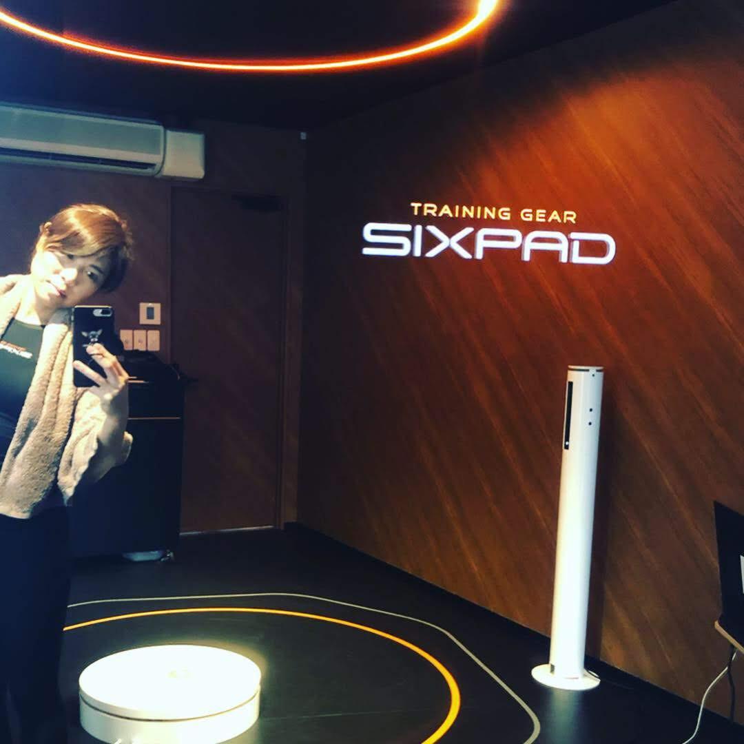 SIXPADステーション