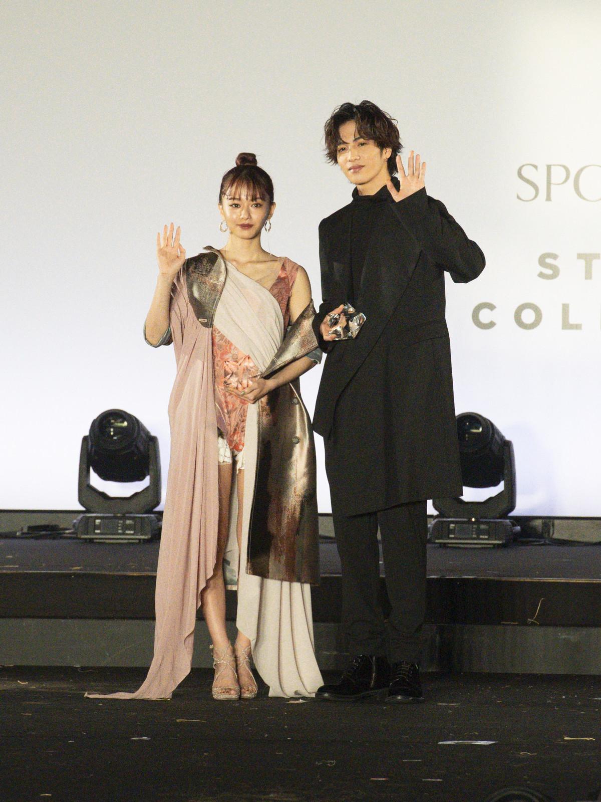 俳優・志尊淳さんと、女優の山本舞香さんベストスタイリングアワード2019