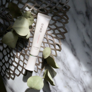 美白もきれいも叶えてくれる! 大人気のHAKUから待望の美白美容液ファンデが登場