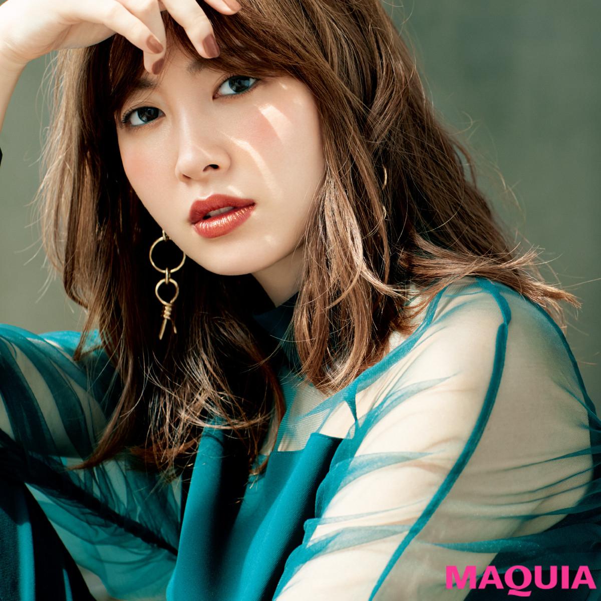 小嶋陽菜さんにインタビュー! 魅せ方上手なこじはるのメイクルールは?