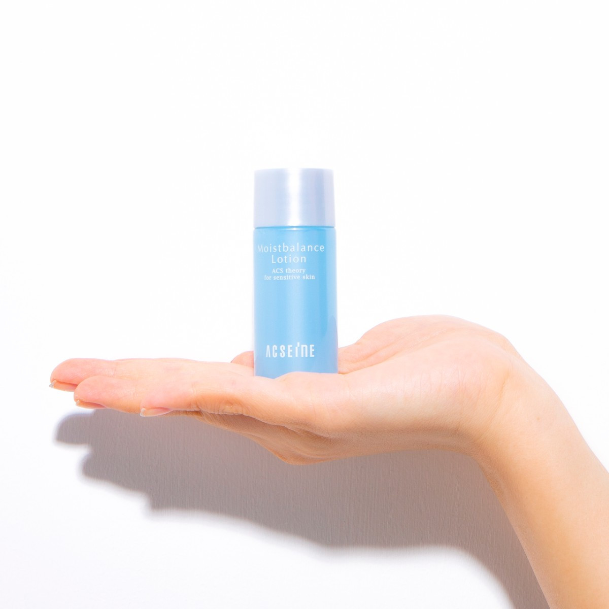 乾き知らずの肌へ! 敏感肌にも安心なアクセーヌの化粧水【ちいサンプル】_1_2