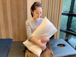 睡眠中にゆがみが解消される!? 日本で唯一特許取得の「整体枕」CURE:RE『THE MAKURA(ザ マクラ)』
