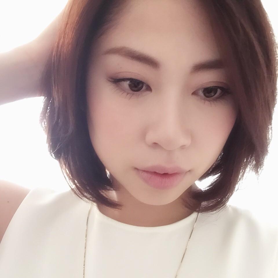 【マキアビューティナイト】ドレスコード「秋の女っぽスタイル」パーティー前のオフィスメイク