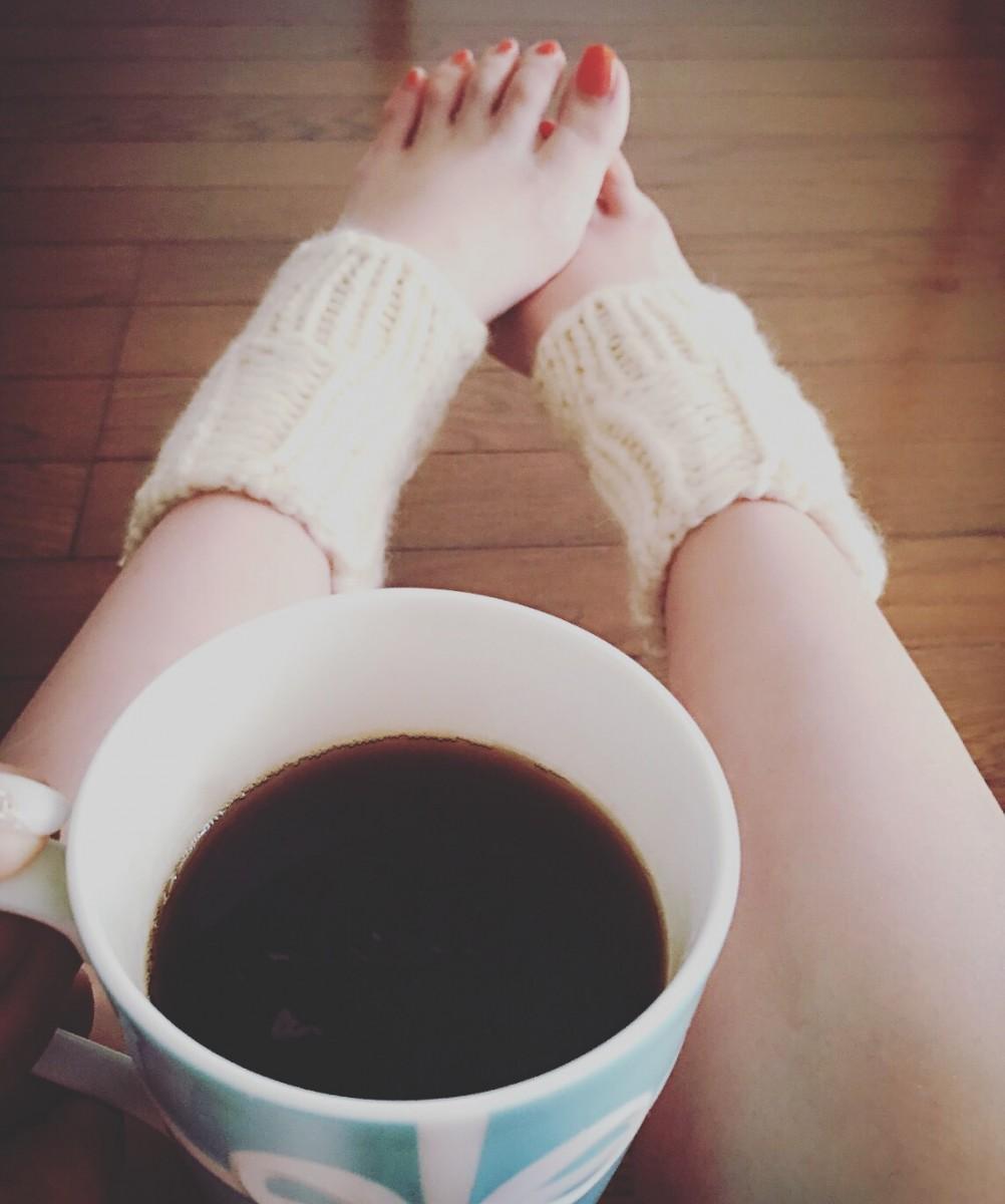 お洒落で足首ポカポカ♡warmeeの手編みウォーマー