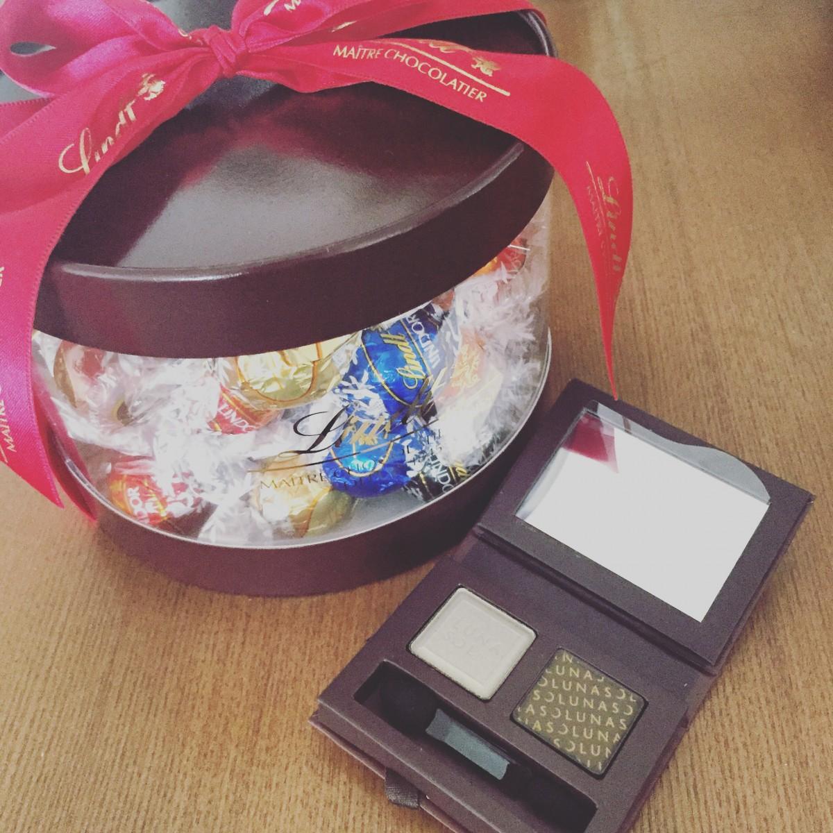バースデープレゼントにいただいたWチョコレート♡ルナソル&リンツ