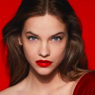 """バレンタインに向けてジョルジオ アルマーニ ビューティが""""LEGENDARY KISS""""キャンペーンを開催中"""