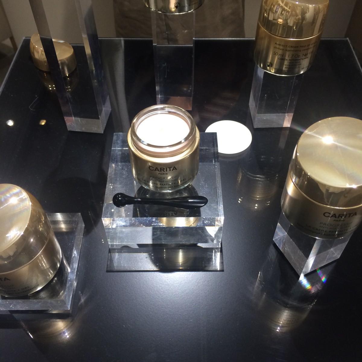 カリタ-8月新発売 ゴールドテクノロジーでケアするエイジングクリーム