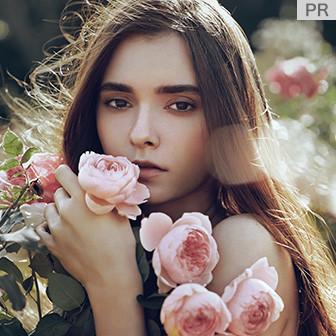 バラの花束を髪へ! ダメージヘアをツヤ髪へ導くヘアミルク