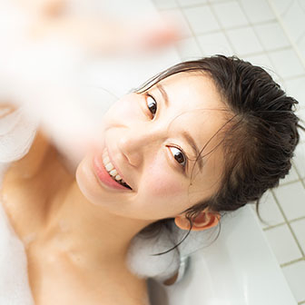 """【本日は""""いい風呂の日""""】小倉優香流・お風呂の入り方をレクチャー! ハリのある柔肌の秘密は、お湯の温度と洗い方にあり!"""