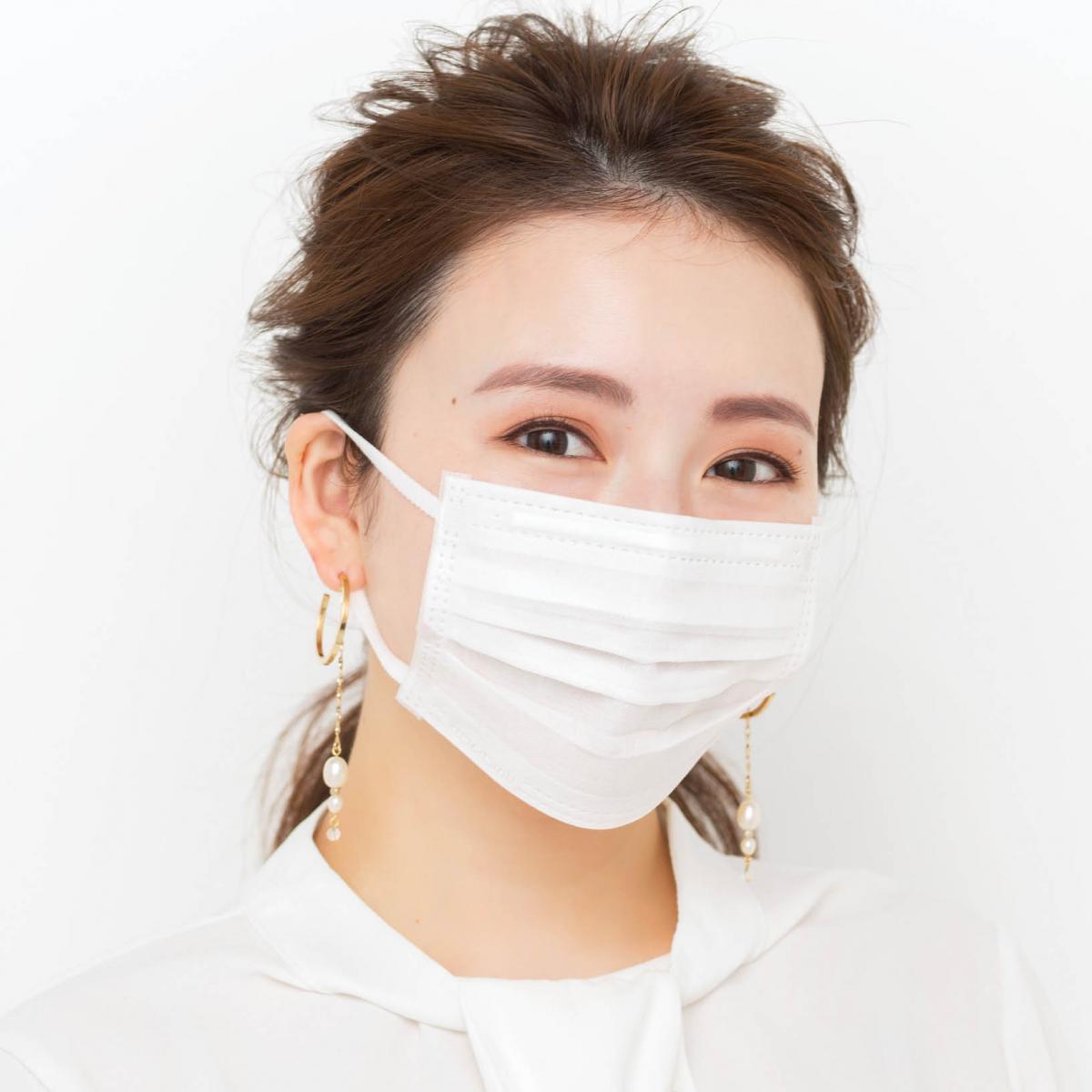 マスクの下は美人顔!? ¥1200以下のプチプラコスメで上品盛りメイク