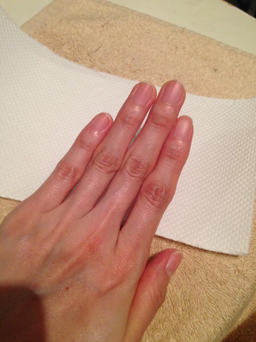 ジェルネイルは卒業します♡自爪を育てるネイルケア専門店