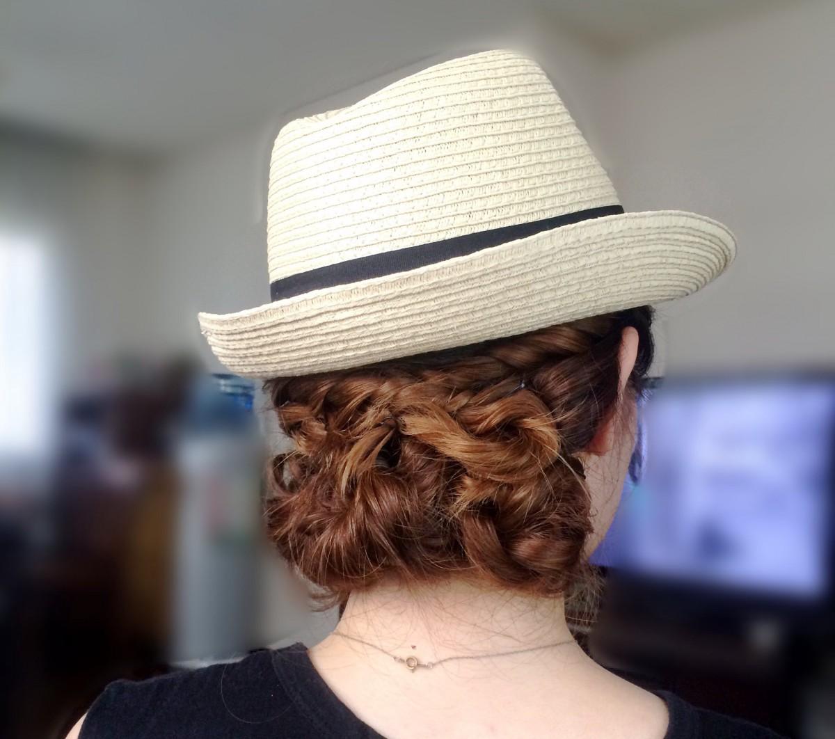 夏のハットスタイルに☆三つ編みとねじねじでサマーヘア!(プロセス写真途中まで有☆笑)