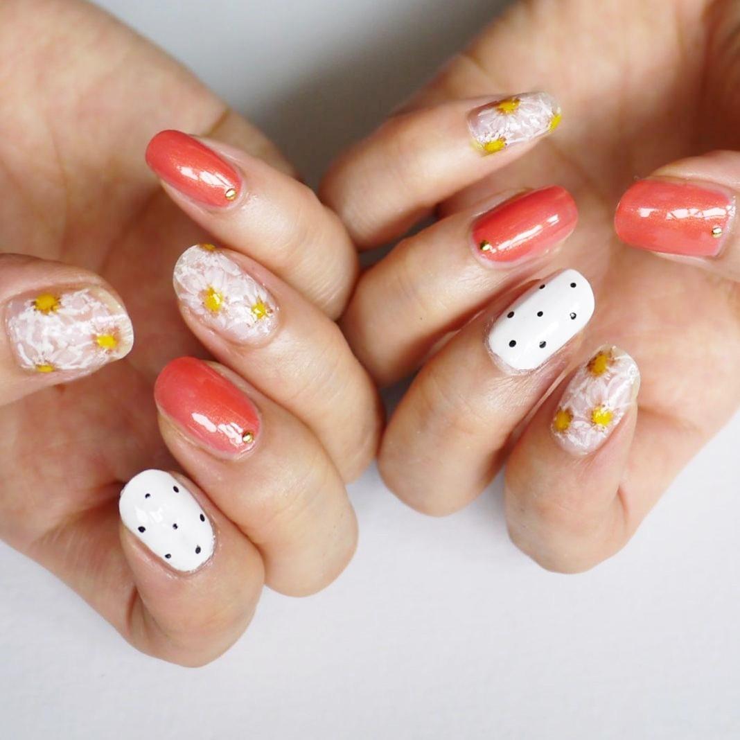 【春夏のセルフネイル】手描きで可愛いフラワーネイル_5