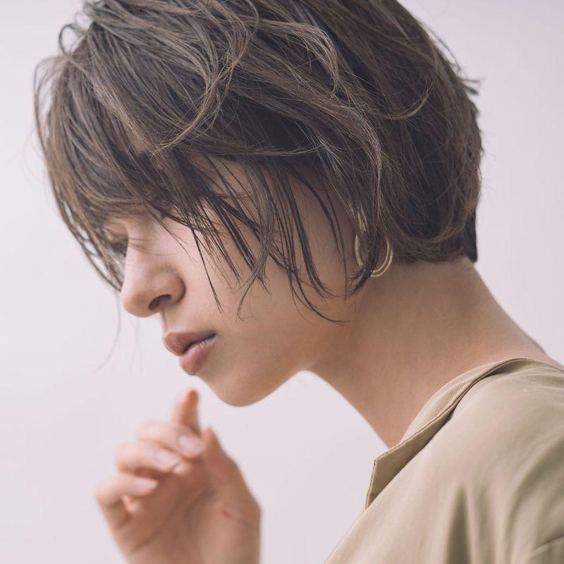 【ヘアカタログ | 髪型別・前髪ありのおすすめヘアアレンジまとめ】ボブ_あざといまでにキレイになれる、計算ずくの美人ショートボブ2