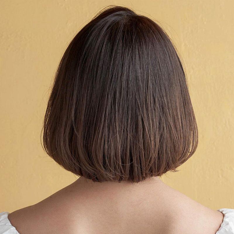 【2020年春夏におすすめのヘアスタイル】ボブヘア_ストレートアイロンで仕上げる、大人に似合う黒髪ニュアンシーボブ_2