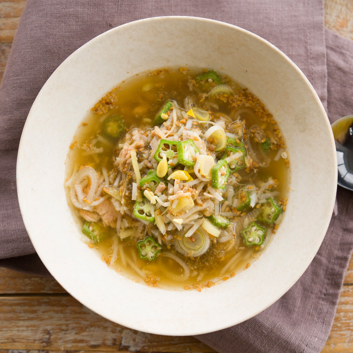 【ダイエットにもおすすめの食事やメニューは? Atsushi流レシピ】_豆もやし+ツナ「豆もやしとツナのとろみスープ」