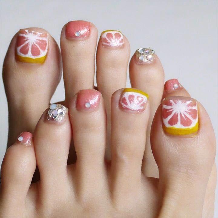 【春夏のセルフネイル】ピンクグレープフルーツフットネイル_1