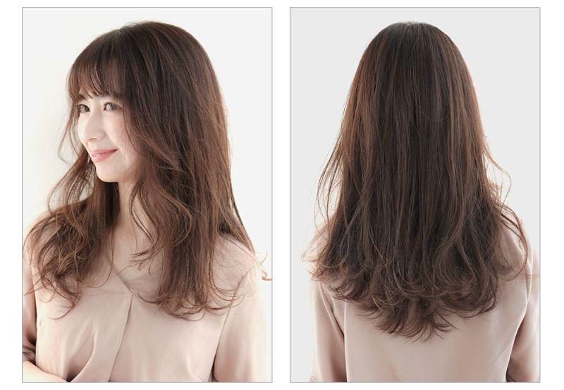 【ヘアカタログ | 髪型別・前髪ありのおすすめヘアアレンジまとめ】ロング_上品な華やかさが春っぽい! リバース×外ハネのふんわり巻き髪ロング2