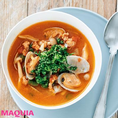 【ダイエットにもおすすめの食事やメニューは? Atsushi流レシピ】_3つの旨みで豊かなコクの「トマトクラムポークスープ」
