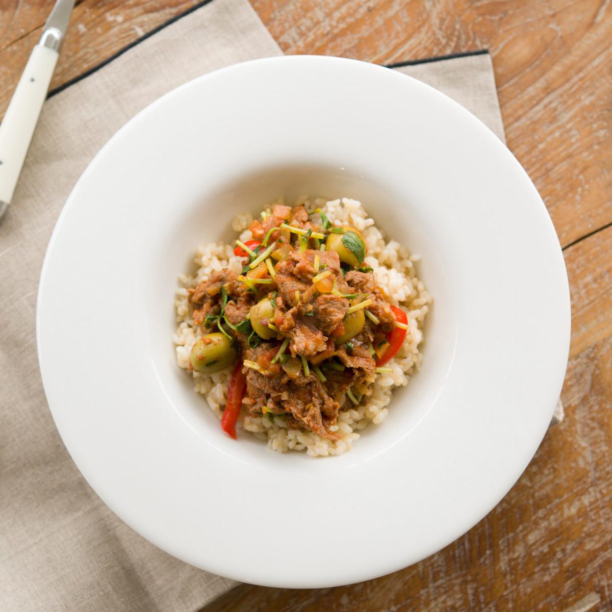 【ダイエットにもおすすめの食事やメニューは? Atsushi流レシピ】_豆苗+牛肉「豆苗メキシカン丼」