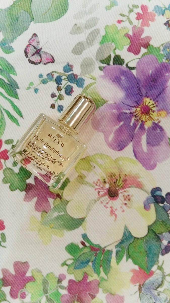 パリで大人気!顔に身体に髪にまで使えちゃう、万能美容オイル♪香りと潤いで魅了しちゃお!